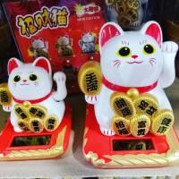 """pajangan kucing /lucky cat /hiasan mobil /neko /hadiah /oleh"""" /kado"""