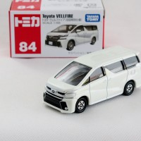 Toyota Vellfire no 84 white Tomica Takara tomy