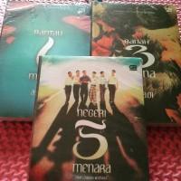 Paket 3 Novel. Rantau 1 Muara, Ranah 3 Warna, Negeri 5 Menara