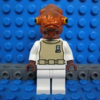 Lego Minifigure SW247 Admiral Ackbar dari set 75003
