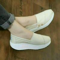 Sepatu Kets wanita wedges Slip On Toms