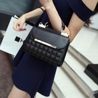 Tas Fashion Wanita Berbahan Kulit MD 838