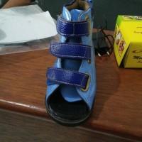 sepatu ortopedi LARS