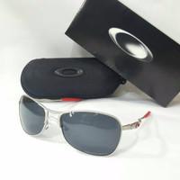 Kacamata Oakley crosshair silver ducati Terbaru