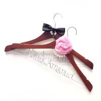 A6 - GRACIOUS - Wedding Hanger Personalized Souvenir