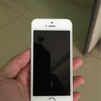 iphone 5s 16gb silver ex erafone garansi masih 4 bulan