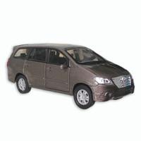 Welly Nex Diecast Toyota Innova - Brown