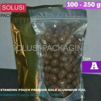 PLASTIK STANDING POUCH ALUMINIUM GOLD FOIL KOMBINASI C 250 GR KLIP