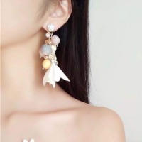 Anting Korea Bohemian diamonds bead leather flowers