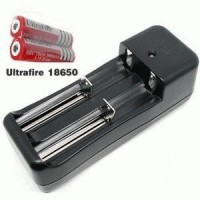 Charger baterai DOUBLE Battery Universal Charger Li-ion 18650 Desktop