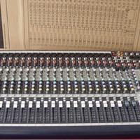 mixer Soundcraft MFX-20