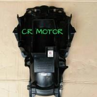 Spakbor belakang bagian depan / bawah jok Verza original copotan motor