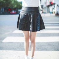 Leather Skirt Rok Mini Kulit, leather hitam Flare Import Murah