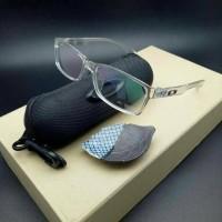 kacamata frame OAKLEY bucket lensa anti radiasi ( transparan )