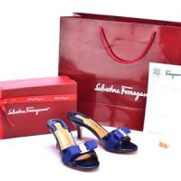 Sandal Salvatore Ferragamo Glory Bow Patent Slide Birdong SP805P