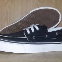 Sepatu Vans zapato Black White Grade original Murah