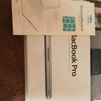 FULLSET Macbook Pro MD101 i5 RAM 8 GB Cycle Count 5 Aja Like New BNOB