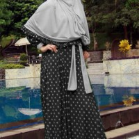 86779 MISS RIKANA BLACK Limited