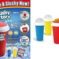 Squeezy Freezy Slushy Ice Maker Minuman Shake Milk Susu