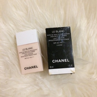 chanel leblanc light creator brightening makeup base spf 40/pa+++