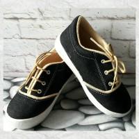 Sepatu Anak Tali Black Jeans