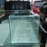Harga aquarium ikan etalase pajangan ikan showcase rumah kura kura | antitipu.com