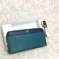 fossil wallet with key authentic