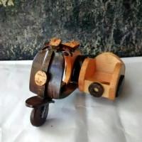 miniatur vespa batok kelapa