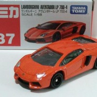 Tomica Series no 87 Lamborghini Aventador LP 700-4 Orange