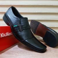 Sepatu Kerja Untuk Pria Kickers Pantofel Kulit hitam Hot Promo