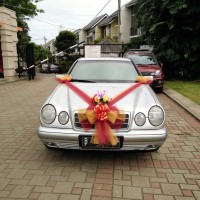 SEWA WEDDING CAR MOBIL PENGANTIN MERCEDES BENZ
