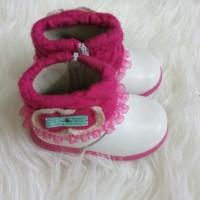 Sepatu boots anak perempuan preloved white uk 23