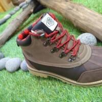 Sepatu Eiger Comoros,Sepatu Hiking,Sepatu boots M.cut,W16817N