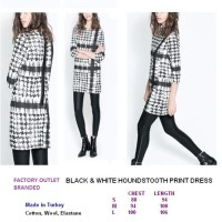BLACK & WHITE HOUNDSTOOTH PRINT DRESS - ELASTIC. Made in Turkey