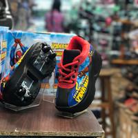 sepatu roda dua pria karakter marvel spiderman original/100%