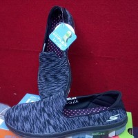 New Skechers Go Flex BLack Women Trend Slip On Empuk dan Ringan Bunda