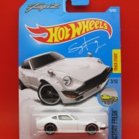 Hot Wheels CUSTOM DATSUN 240Z FuguZ Greddy Putih (76-D2017)