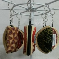 Gantungan Kunci Souvenir Pernikahan Batik Dompet Oleh-oleh Jogja