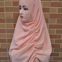 Jilbab Instan Warna Peach Unik Dengan Model 2 Faces Berkualitas