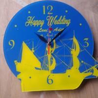 Kado Jam Dinding Pernikahan tema Kapal Laut Klasik Custom