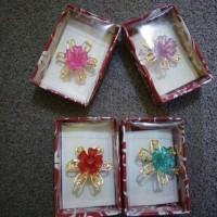 Jual souvenir bros bunga murah / souvenir pernikahan Murah