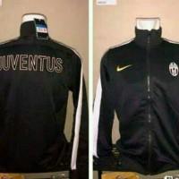 Jaket Juventus Hitam 2013/2014 Grade Ori Murah