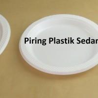 Piring plastik sedang BSM (50pcs)