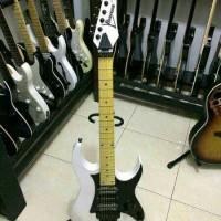 Gitar Ibanez Rg series. Custom pabrikan.