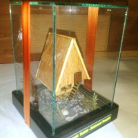 miniatur rumah adat sulawesi tengah