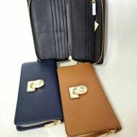 sale!! New MK hamilton travel wallet