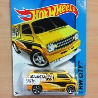 Hot Wheels Custom 77 Dodge Van Mooneyes