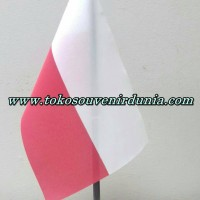 Bendera Meja Negara Polandia Buat Pajangan Kantor dan Rumah