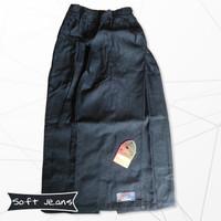 Rok Celana Anak Muslimah Bahan Soft Jeans / Jean West ( Uk S M Dan L )