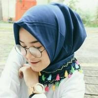 Hijab/Jilbab Segi Empat/Tessel/Tassel